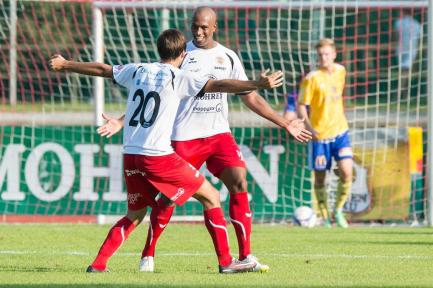 Goalgetter unter sich: Honcke und Ygor. (Foto: D. Stiplovsek)