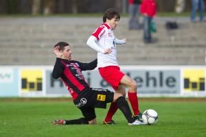 Beim 1:0 Sieg der Rothosen über den FC Hard im April war der flinke Manuel Honeck kaum zu halten.
