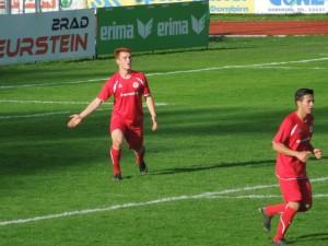 Philipp Stoss schoss die Juniors in Führung!